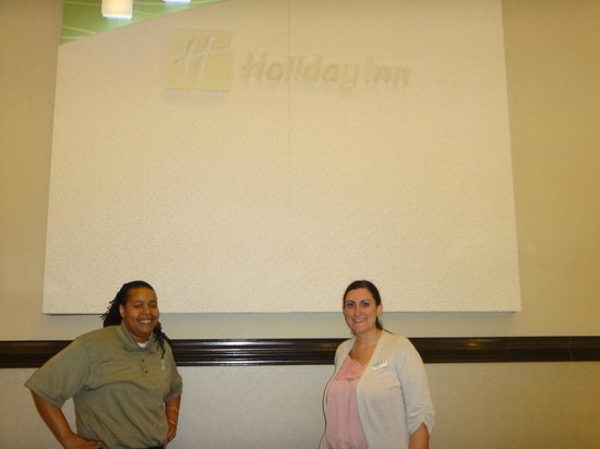 Holiday Inn Hotel & Suites Beaufort: Toya and Melissa