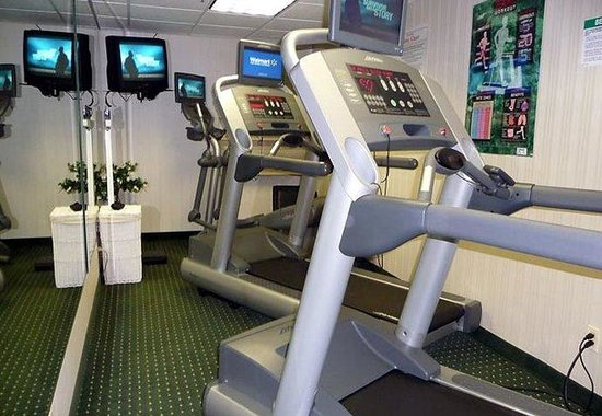 Fairfield Inn Spring Valley Nanuet: Fitness Room