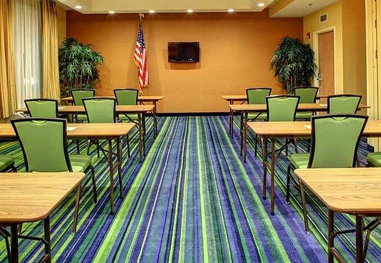 Fletcher, NC: Biltmore Meeting Room - Classroom Setup