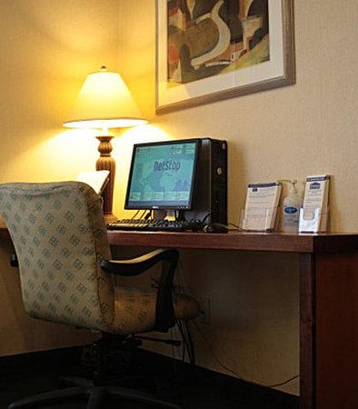 Fairfield Inn Mt. Pleasant: Business Center