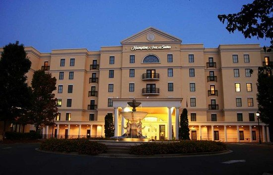 Hampton Inn Charlotte - South Park: Hotel Exterior
