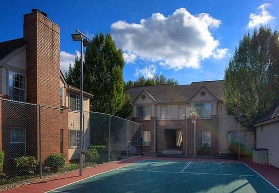 Bothell, WA: Sport Court