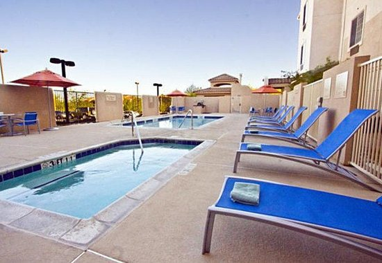 TownePlace Suites Albuquerque Airport: Outdoor Spa