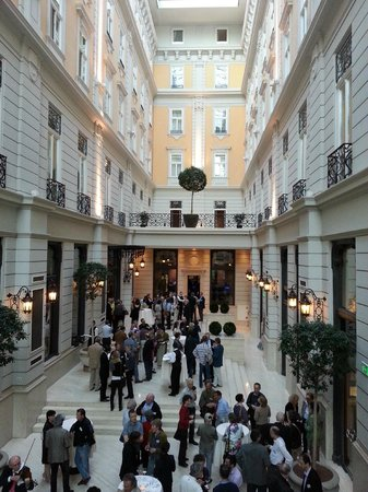 Corinthia Hotel Budapest: Evening function