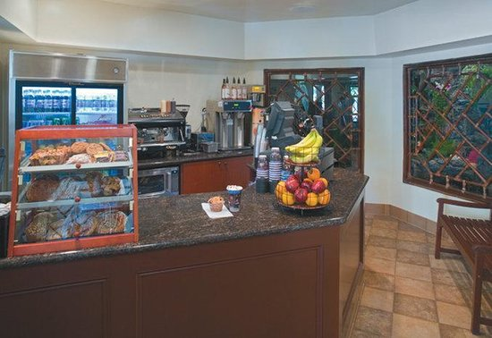 Crowne Plaza Hotel San Diego - Mission Valley: Specialty coffees made to your liking at our Kona Cafe