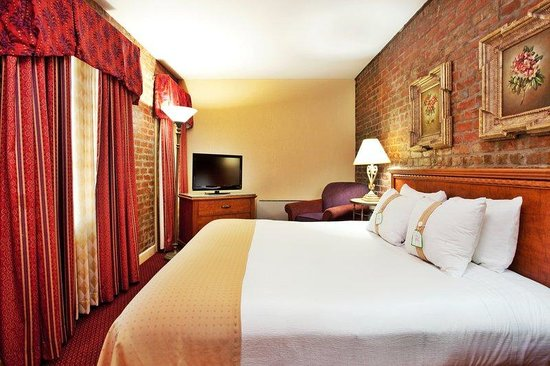 Holiday Inn New Orleans - Chateau Lemoyne: Creole Quarter Suite