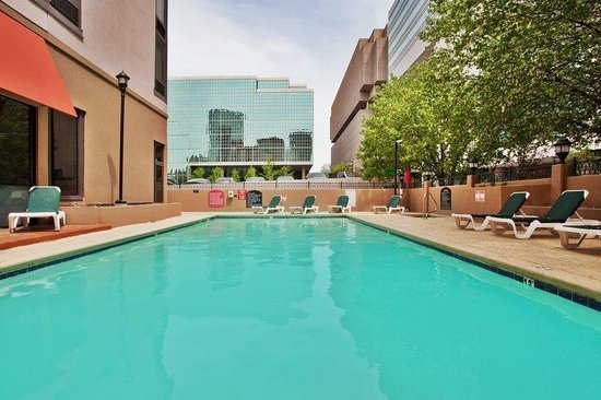 Holiday Inn Atlanta Downtown: Swimming Pool