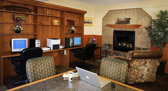 Holiday Inn Express Anchorage: Business Center