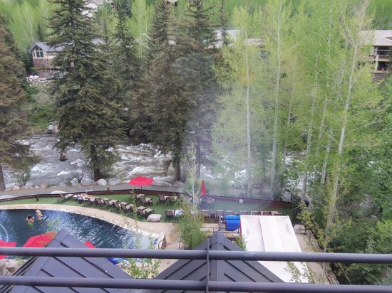 ‪‪Vail Cascade Resort & Spa‬: View from my room‬