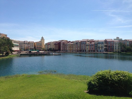 Loews Portofino Bay Hotel at Universal Orlando: Hotel View