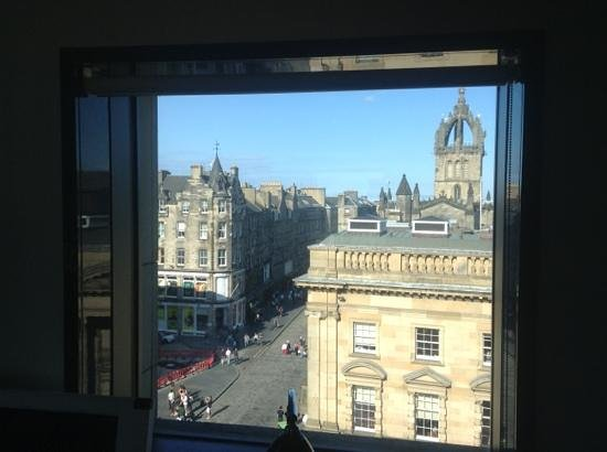 Hotel Missoni Edinburgh: Add a caption