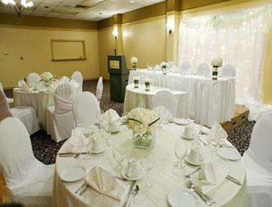 Owen Sound, Canada: Elegant Wedding Setting