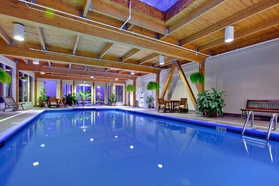 Longueuil, Canada: Indoor swimming pool