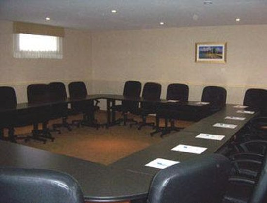 Trenton, Canada: Meeting Room