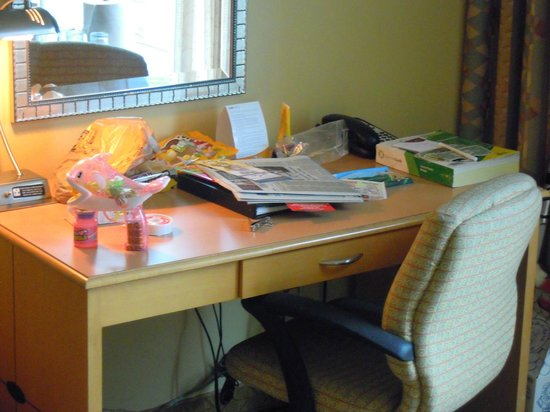 Crowne Plaza Orlando Universal : work desk