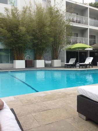 Sunset Marquis: front pool