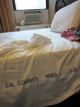 Hotel Carter: Scary antique mystery sheets!