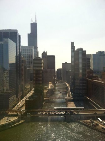 Holiday Inn Chicago - Mart Plaza: The stunning view from our room