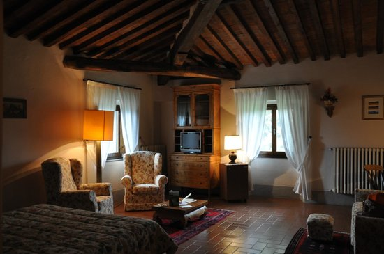 Villa Campestri Olive Oil Resort: our cozy room
