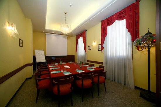 Astoria Hotel Bologna: Meeting Room