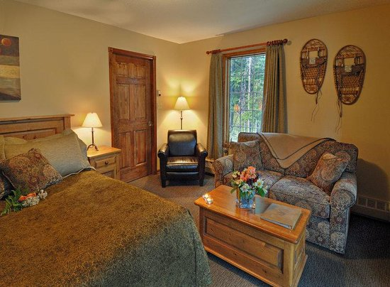 Paradise Lodge & Bungalows: Guest room