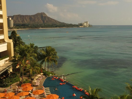 Sheraton Waikiki: Pool, beach, ocean, Diamond Head