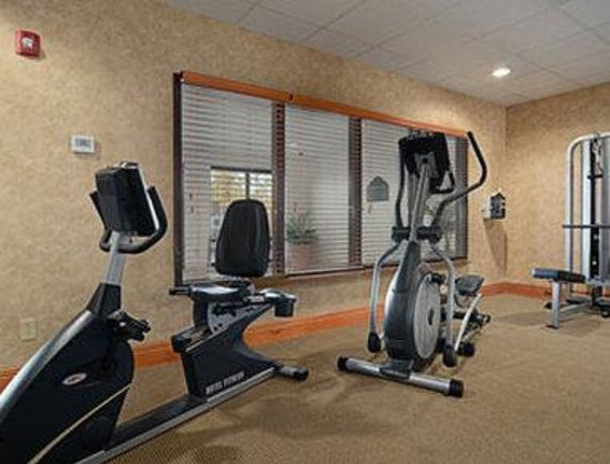 Wingate by Wyndham LaGrange: Fitness Center
