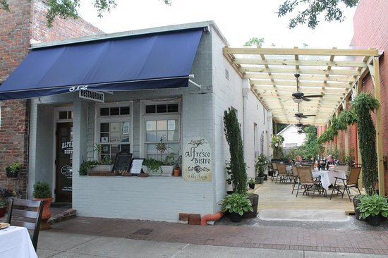 Georgetown, SC: Alfresco Georegetown Bistro and patio