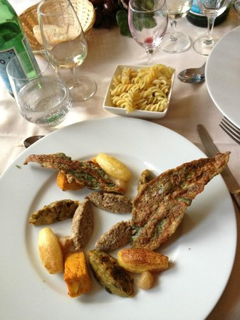 Chateau de Rochecotte: Lovely meals