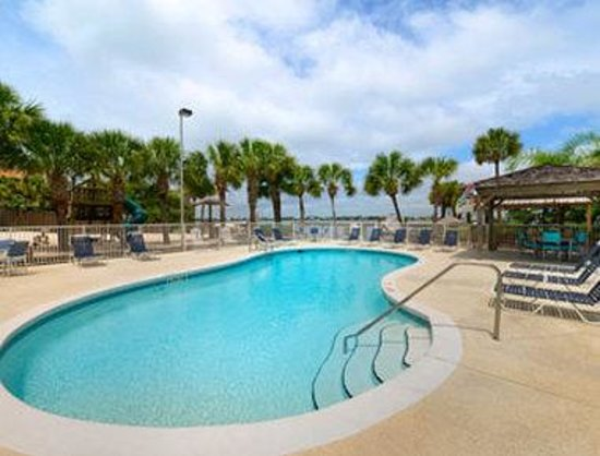 Travelodge Pensacola Beach: Pool