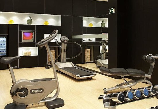AC Hotel Porto by Marriott: Fitness center