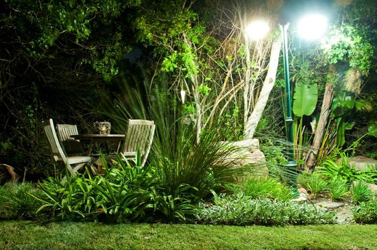 Saint Francis Bay, Южная Африка: Garden at Night
