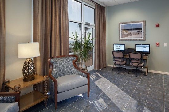 Holiday Inn Club Vacations Panama City Beach Resort: Convenient lobby business center