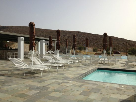 Anemi Hotel: View by the pool