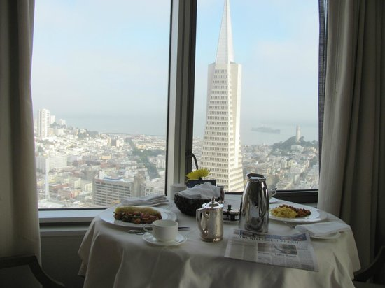 Mandarin Oriental, San Francisco: best breakfast view ever !!!!!