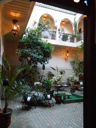 Riad Massiba: Courtyard