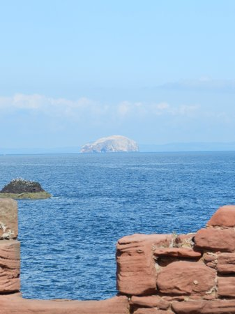 Dunbar, UK: Fantastic views of the North Sea