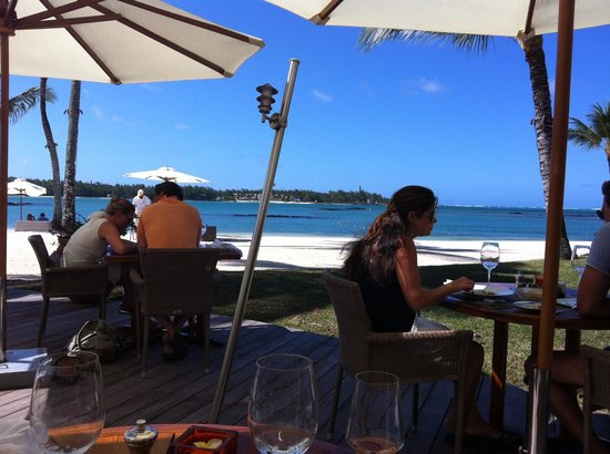 Constance Le Prince Maurice: Lunch on the beach
