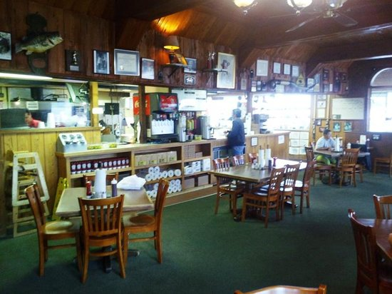 Shawnee, OK: The Dining Area