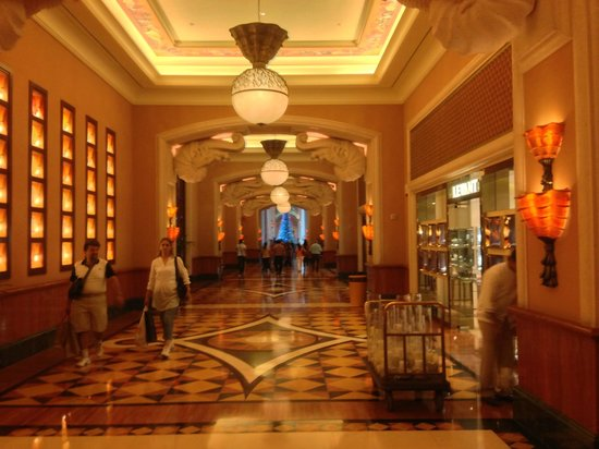 Atlantis, The Palm: East Wing