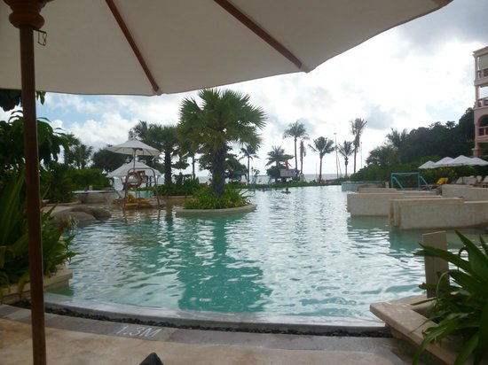 Centara Grand Beach Resort Phuket: main pool