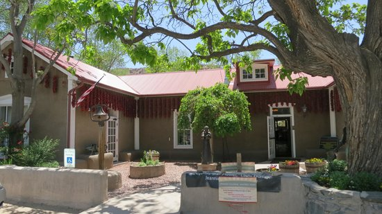 Front entrance of the Rancho de Chimayo