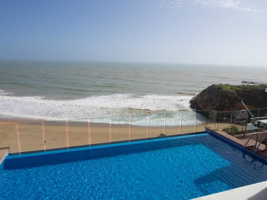 Hotel Rocamar: Sea-view room, overlooking pool and lounge area