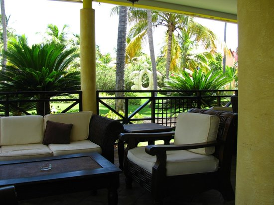Punta Cana Princess All Suites Resort & Spa : Notre coin salon - Lobby
