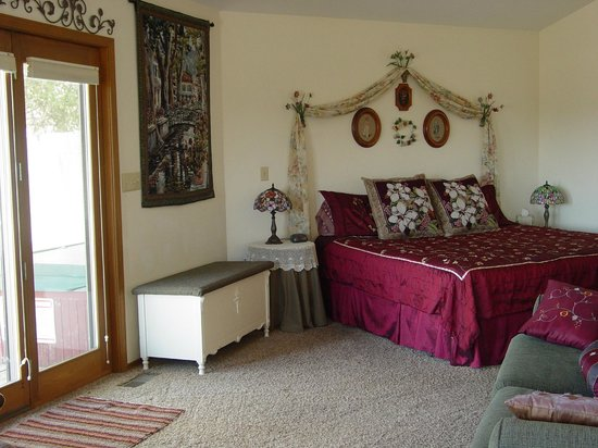 Cameron's Crag Bed & Breakfast: Bedroom of Grandview Suite