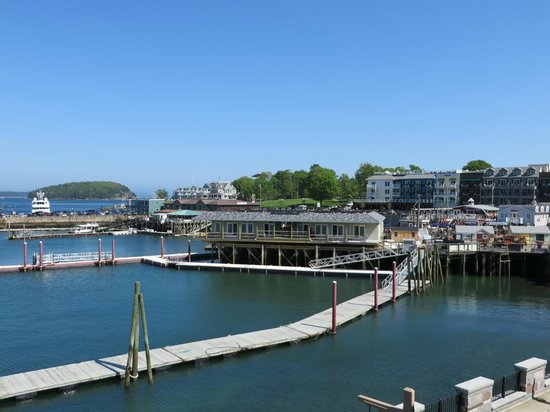 Harborside Hotel & Marina: View of Bar Harbor downtown from room 2071