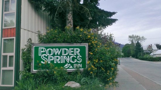 ‪Powder Springs Inn‬