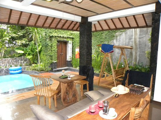 KajaNe Mua Private Villa & Mansion: Our indoor/outdoor day area