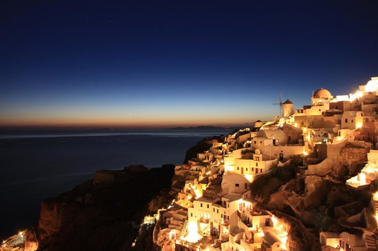Art Maisons Luxury Santorini Hotels: Aspaki & Oia Castle: sunset view from gorgeous balcony (sunset5)