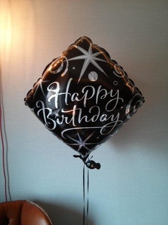 Hoxton Hotel: Birthday balloons on arrival